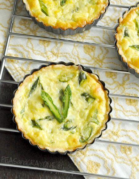 Asparagus & Feta Quiche. Made with eggs, asparagus, garlic, feta ...