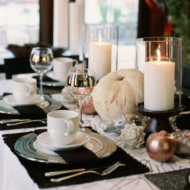 Thanksgiving Table Settings and Decor Tips, love all the colors except ...