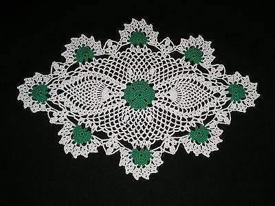 Free Crochet Shamrock Doily Pattern : Pin by wafaa ali on Crochet Doilies Pinterest