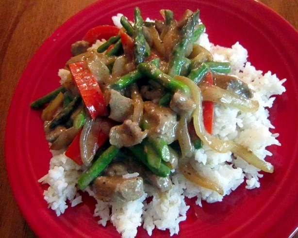 Beef Stir-Fry With Asparagus, Red Bell Peppers and Caramelized O | Re ...