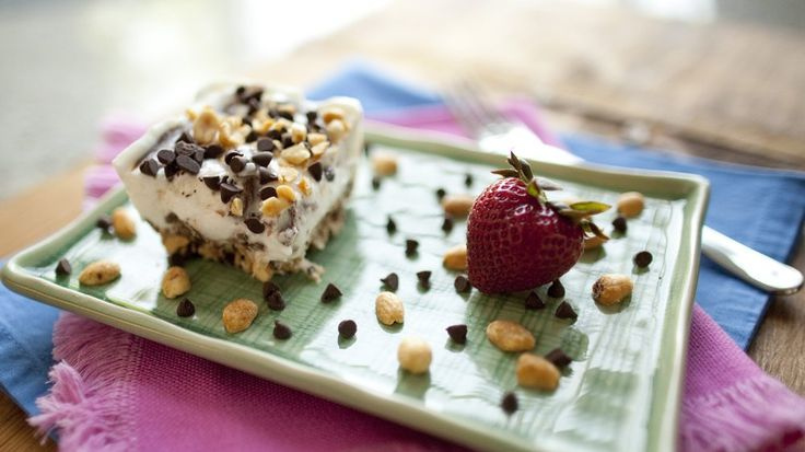 Gluten-Free Chocolate Peanut Butter Frozen Yogurt Dessert Bars | Reci ...