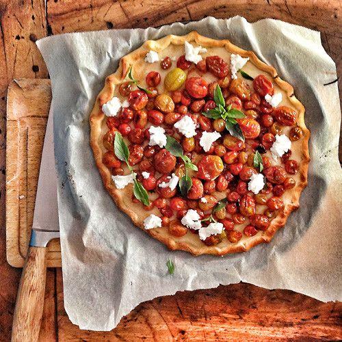 easy tomato tart | the hedonista cooks | Pinterest