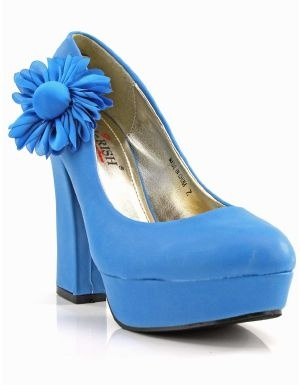 women s Heels and Pumps in our online fashion clothes & accessories