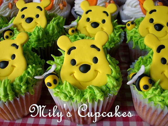Winnie Pooh and Tigger Cupcakes by Mily'sCupcakes, via Flickr
