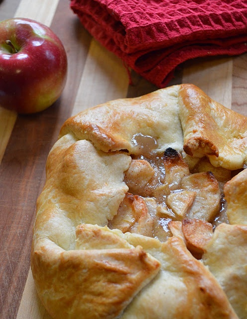 Apple galette - happening now In my kitchen. Love late night baking :)