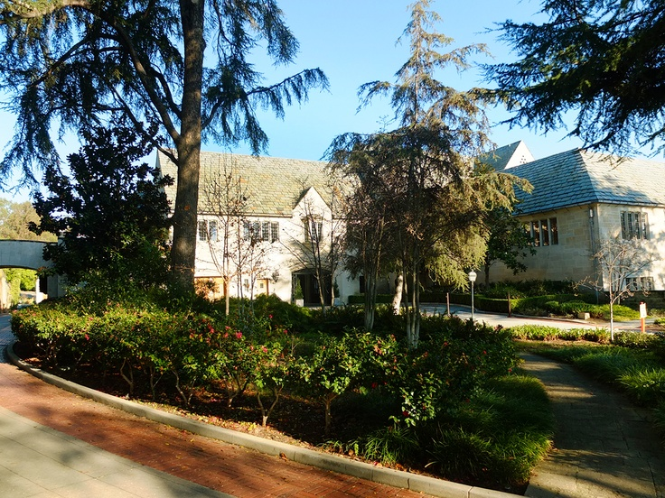 The Greystone Mansion In Beverly Hills Grey Stone