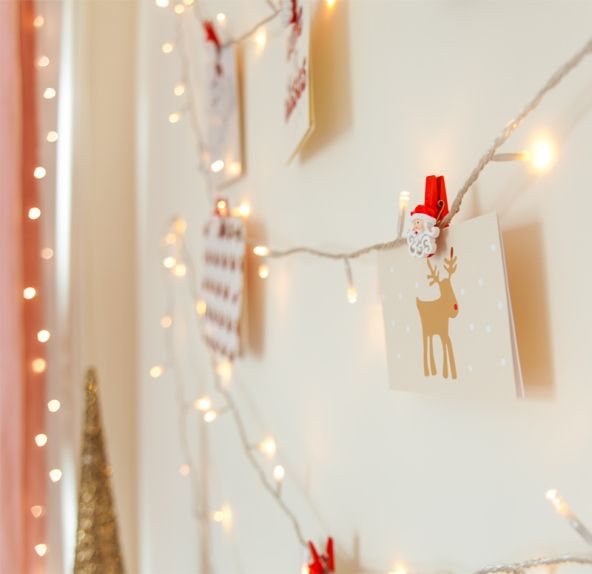 Hang Christmas Lights On Wall : How To Display Your Christmas Cards: DIY Christmas Fairy Light Wall