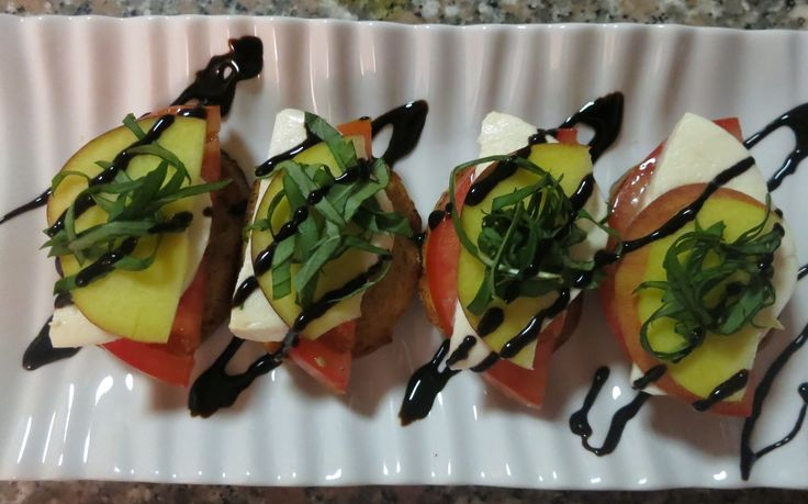Peach, Mozzarella and Tomato Crostini | What's cookin' | Pinterest