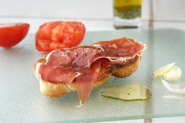 Pan con Tomate y Jamón, Toasted Bread with Tomato, Cured Serrano Ham ...