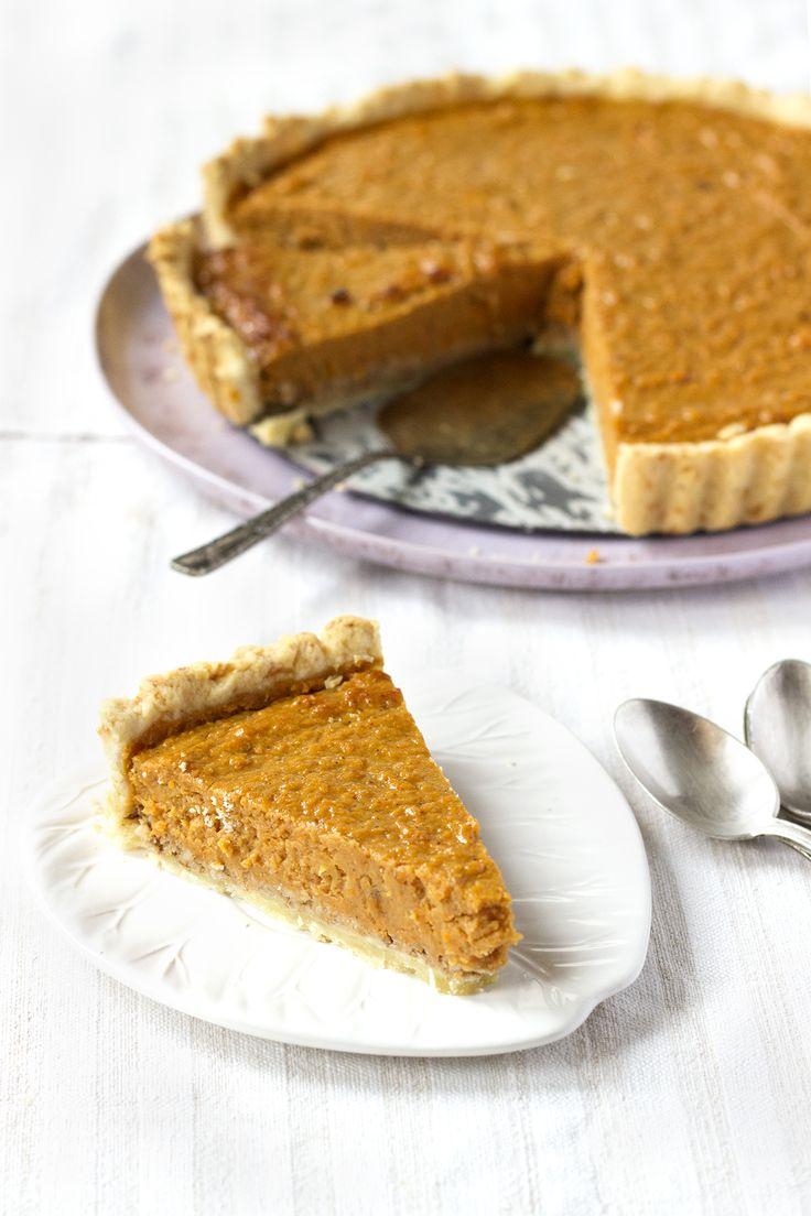 Classic Pumpkin Pie | pUMpKiN | Pinterest