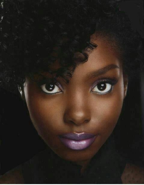 Beauty of a woman! |