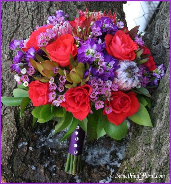 Wedding Flowers Warren Mi : Contemporary round hand tied fresh floral bridal
