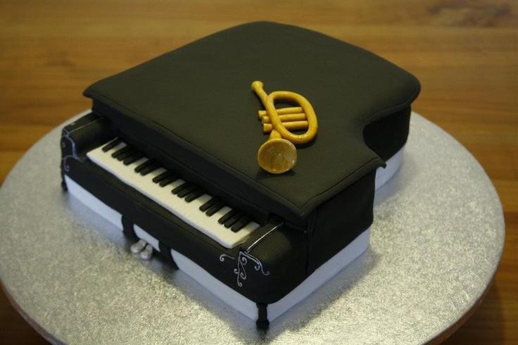 How To Make A Piano Keyboard Cake