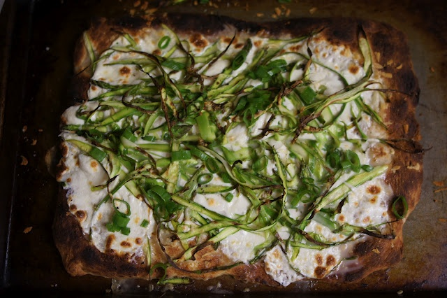 shaved asparagus pizza | food porn | Pinterest
