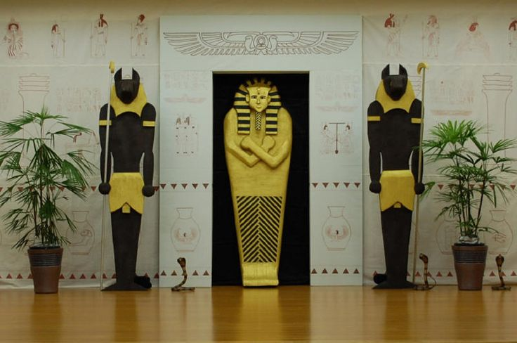 Backdrop halloween egyptian pinterest for Ancient egyptian tomb decoration