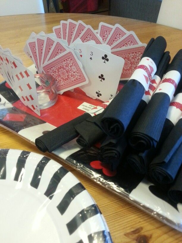 My poker party decorations 25th birthday ideas pinterest for 25th birthday party decoration ideas