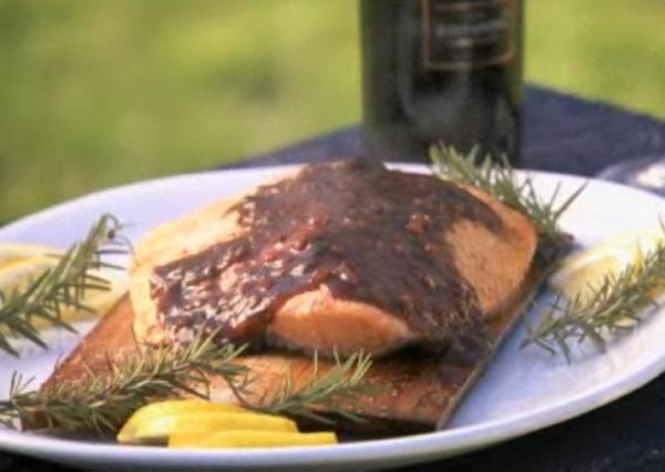 Grilled salmon with blueberry sauce | Tye | Pinterest