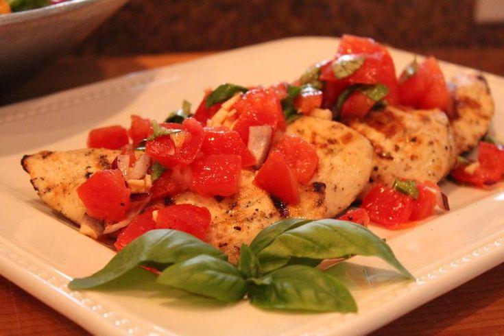 Bruschetta Grilled Chicken   I Eats It: Dinner and Sides   Pinterest
