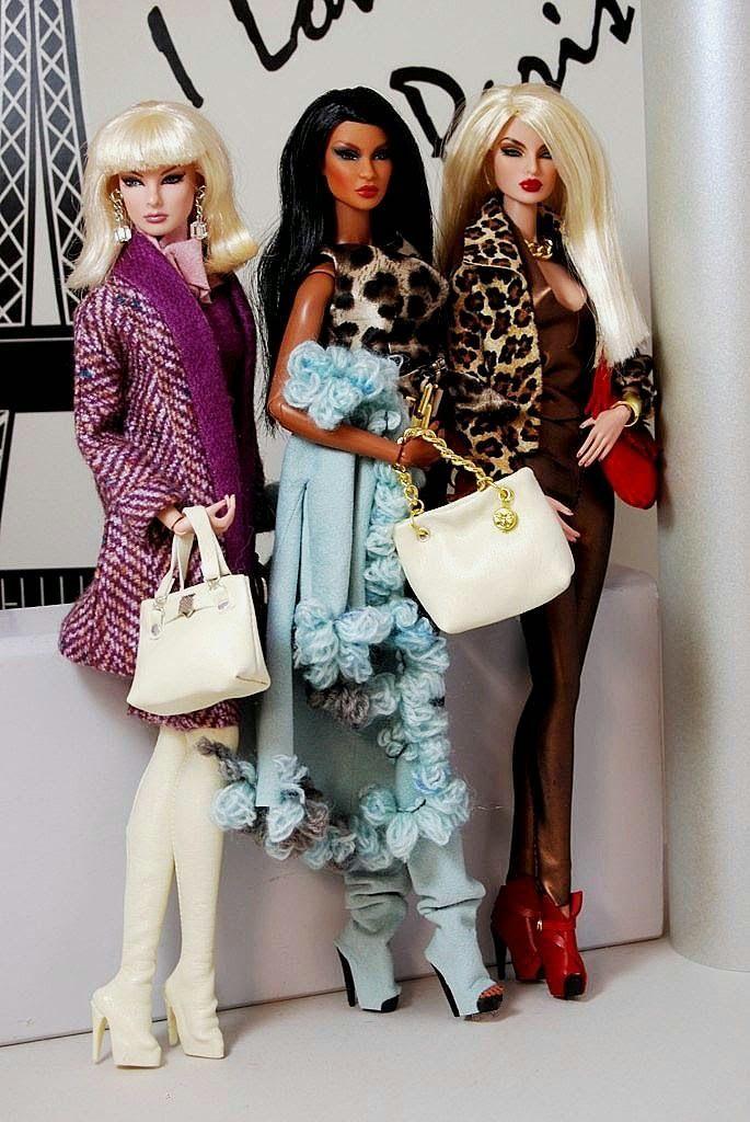 Os Boneca Barbie Chronicles: Habillis Dolls Criações