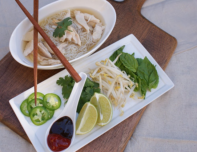 pho ga - vietnamese chicken noodle soup | yummies | Pinterest