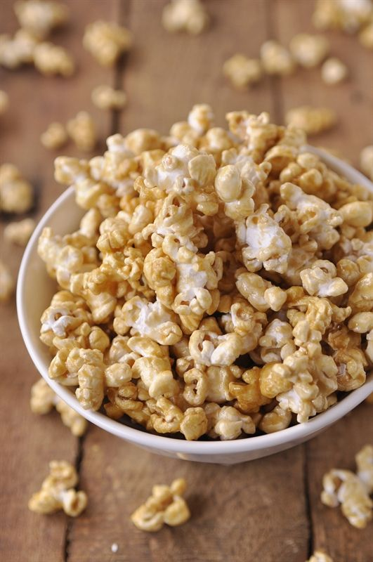Microwave caramel corn popcorn...helllloooo movie night!