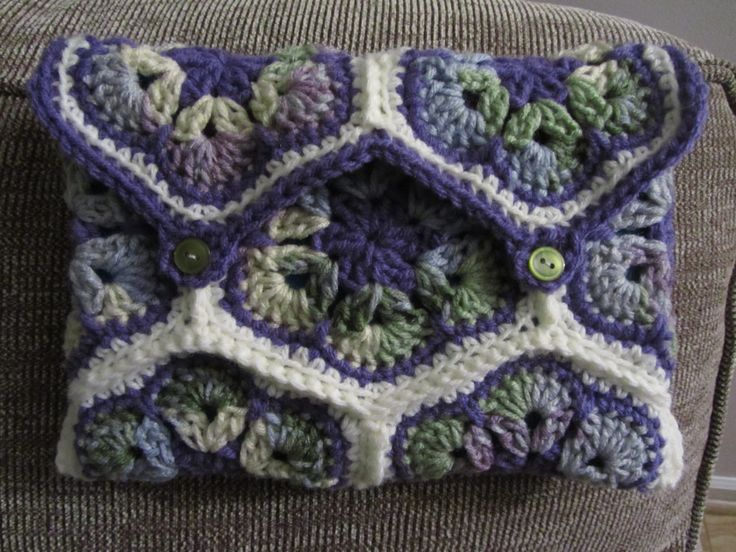 Crochet Patterns Game Of Thrones : Crochet Game of Thrones Tablet Cover, Crochet Dragon Egg Purse, Afric ...