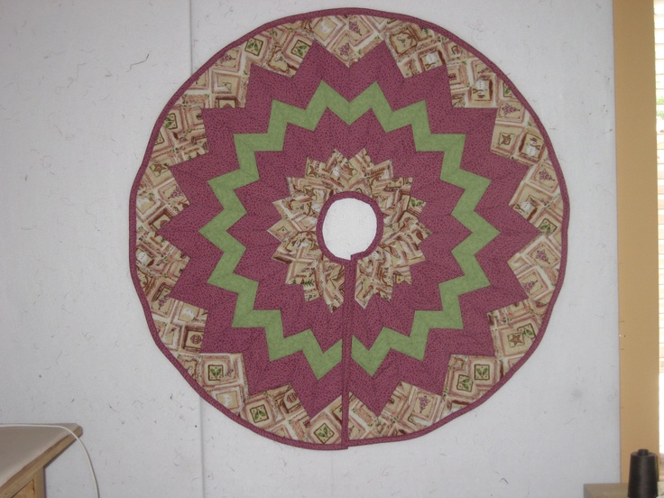 Quilted Christmas Tree Skirt Pinterest : Christmas tree skirt My Quilts Pinterest