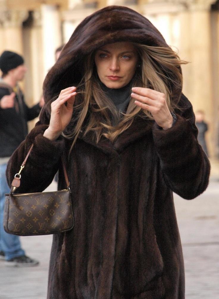 Prague fur fashion(street)