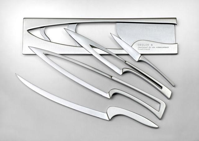Meeting knives