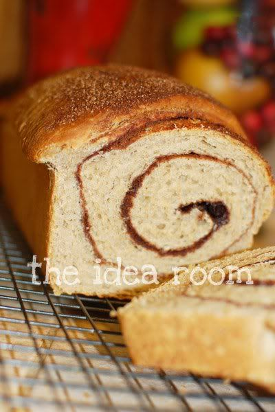 Delicious Cinnamon Swirl Bread Recipe | theidearoom.net