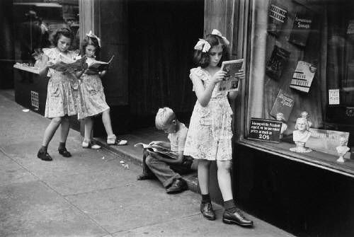"Ruth Orkin, ""Comic Book Readers,"" NYC 1947"