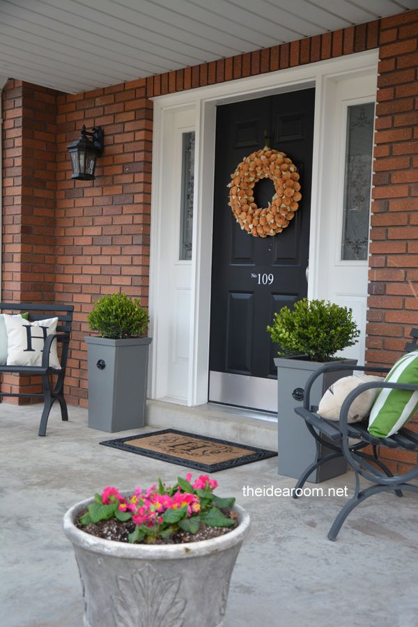 Diy planter for the home pinterest for Planter ideas for front of house