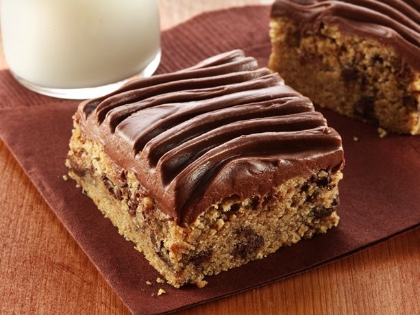 Peanut Butter-Chocolate Chip Bars with Chocolate Frosting (Gluten Free ...