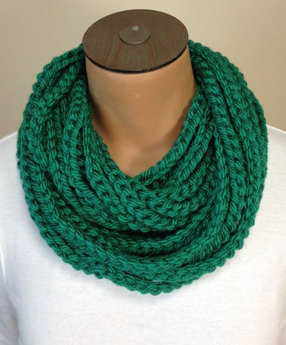Crochet Chain : Crochet Chain Necklace Scarf Emerald Green Scarf