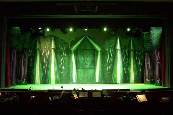 gallery for wizard of oz set design