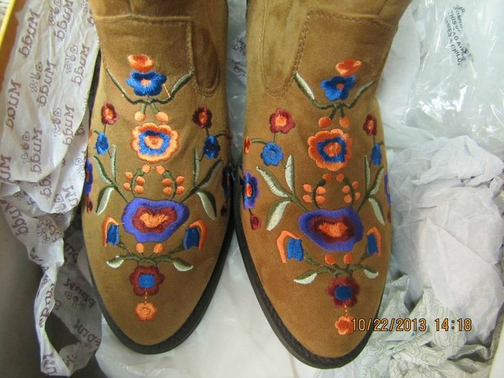 MUDD Women s Embroidered Floral Western Boots SZ 8.5 NEW Wildwoman s