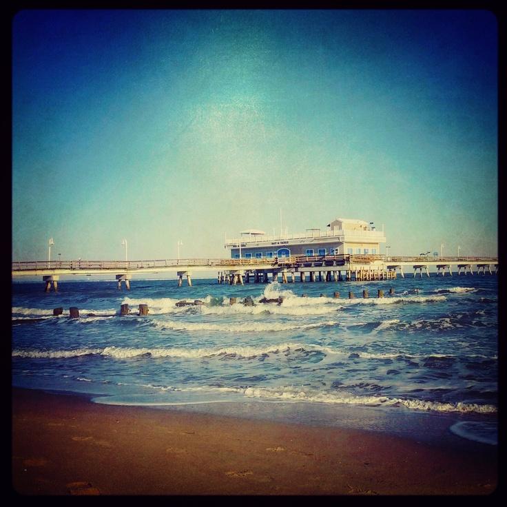 Ocean view fishing pier norfolk va places i 39 ve been for Ocean view fishing pier