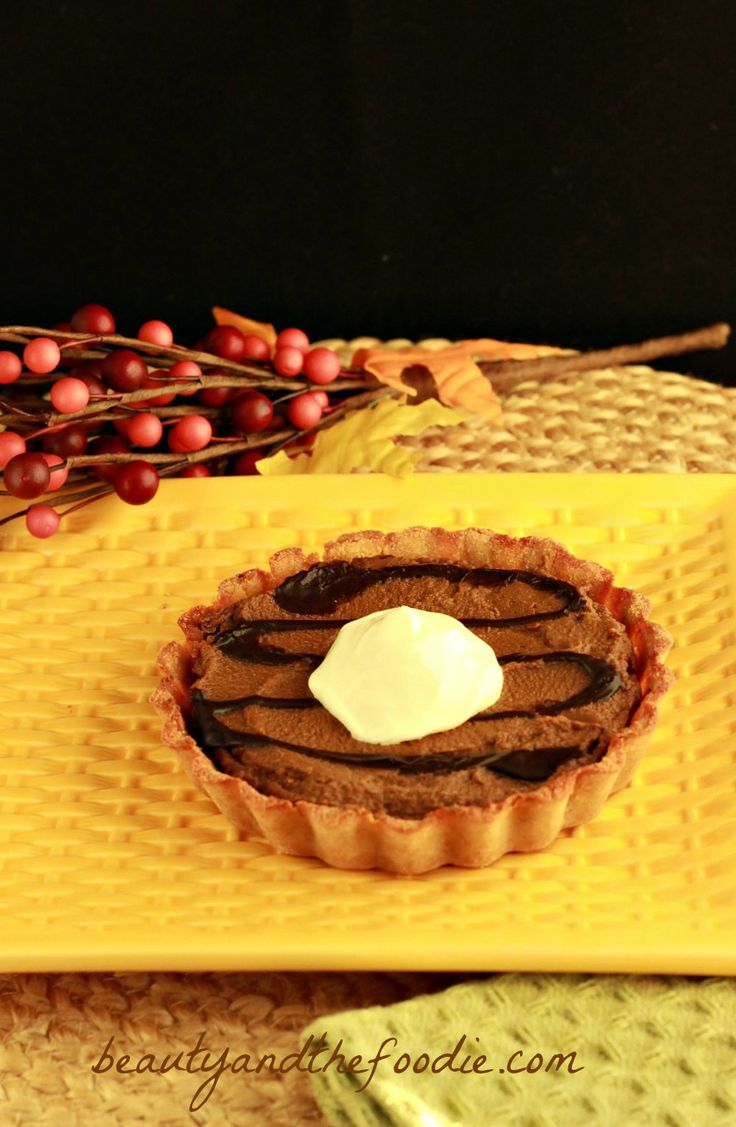 Chocolate Pumpkin Gingerbread Tarts (paleo) | I might adapt this with ...