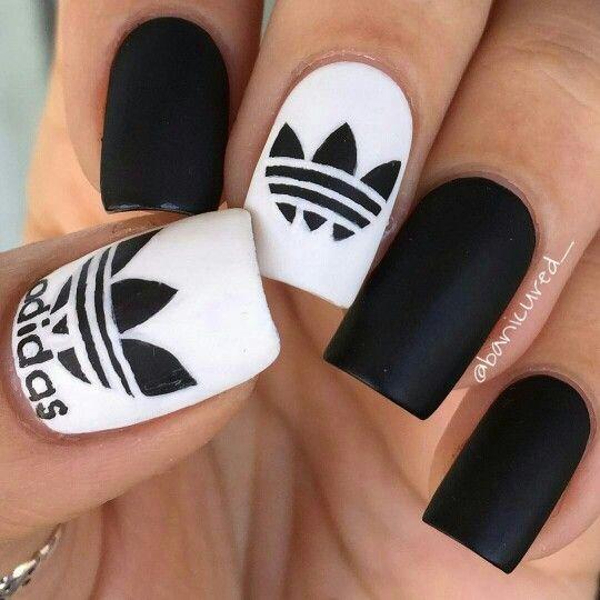 Адидас дизайн ногтей