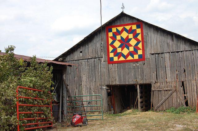 Mosaic Star barn quilt...