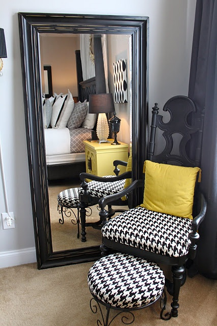 Black/gray houndstooth with mustard
