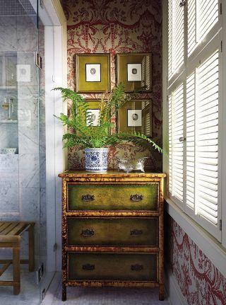 Bathroom by alison martin interiors ltd and jean perin interior