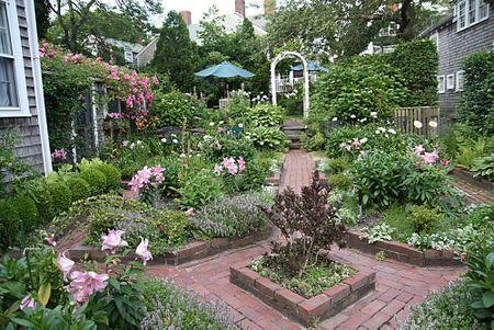 Nantucket Garden Gardens And Landscapes Pinterest