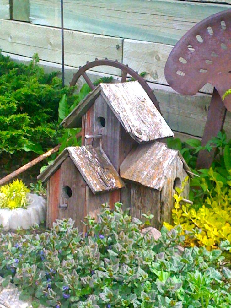Pin by wanita daniels on share my crafts pinterest - Old barn wood bird houses ...