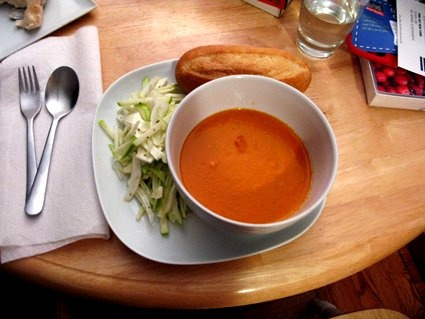 spicy tomato and blue cheese soup | Soup | Pinterest