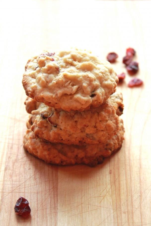 Maple Cranberry Oatmeal Cookies   cookies...mmm   Pinterest