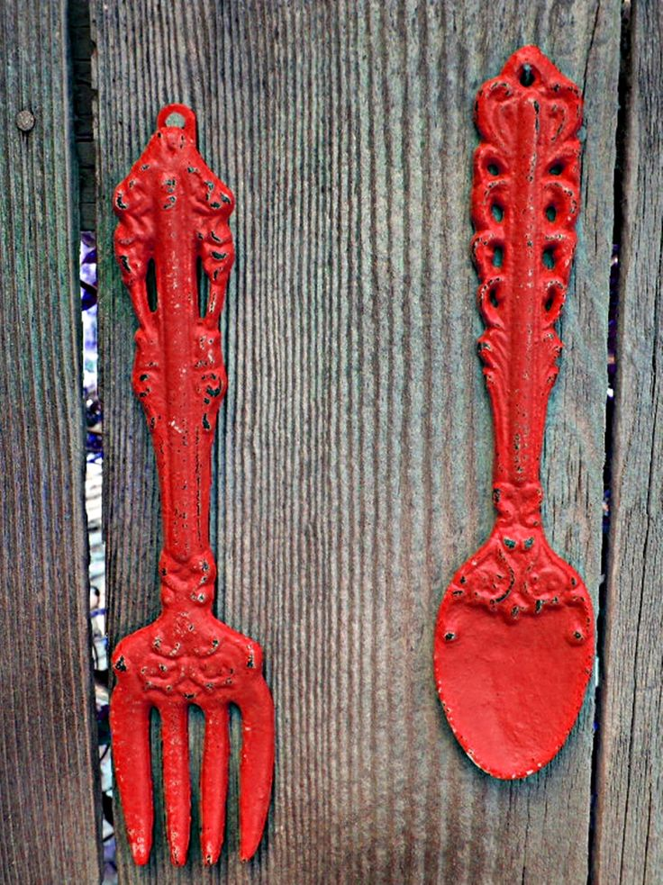Shabby chic kitchen wall decor red fork and spoon metal for Red kitchen wall art