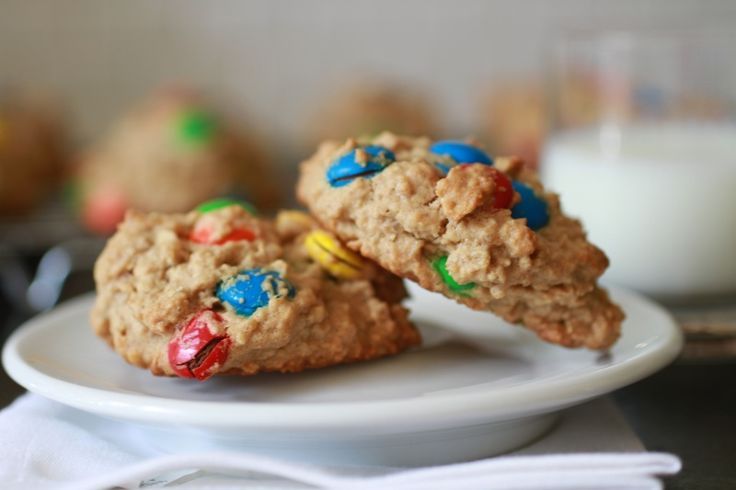 Peanut Butter Oatmeal Cookies with M&Ms | WeeklyGreens.com