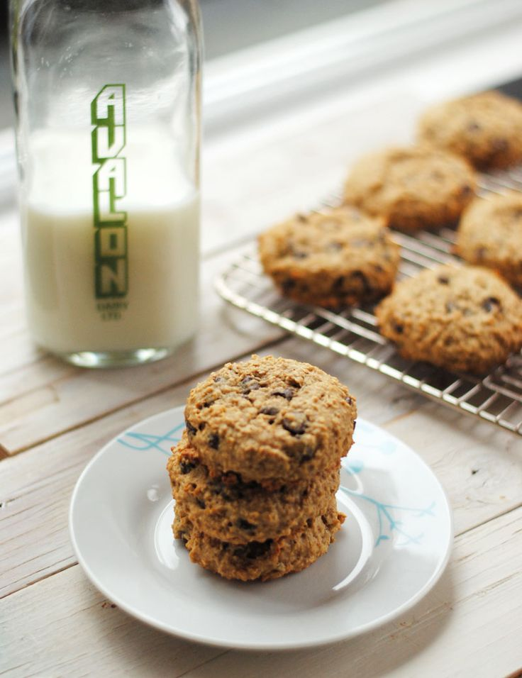 ... have pinned » Leanne bakes: Low Fat Oatmeal Chocolate Chip Cookies