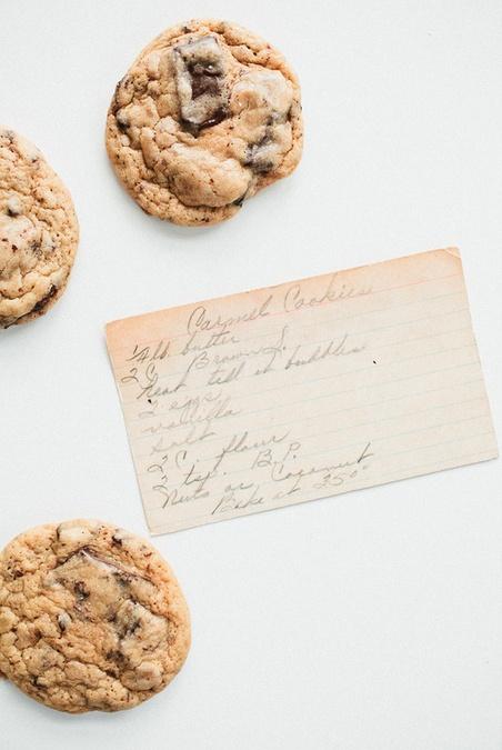 Caramel Chocolate Chunk Cookies **** | Hostess | Pinterest